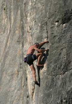 8 6th rockclimbing